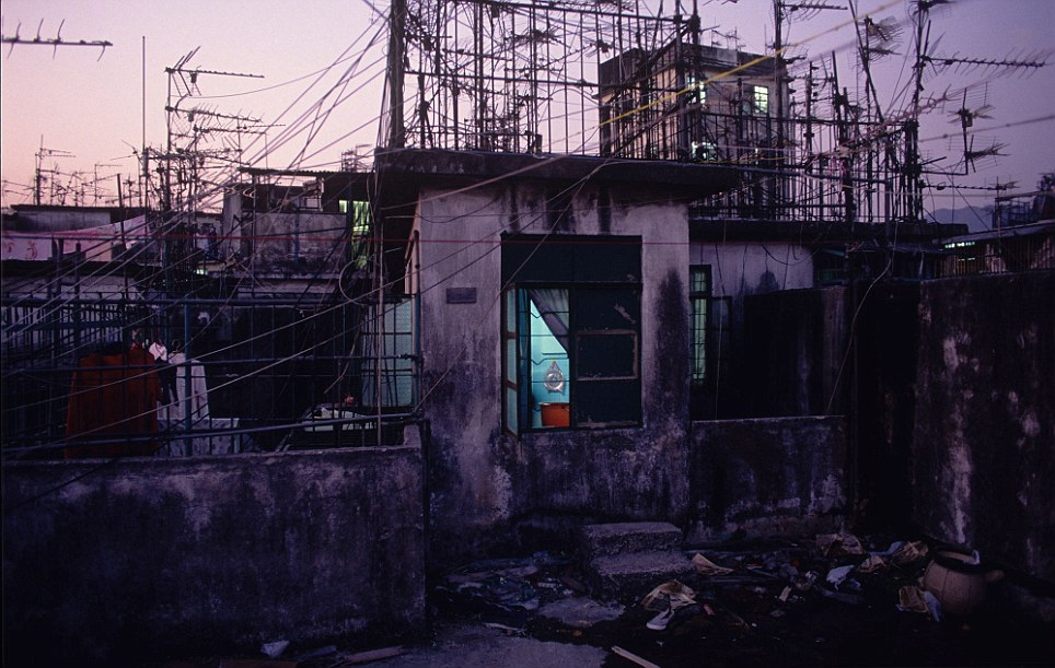 Kowloon Walled City 22