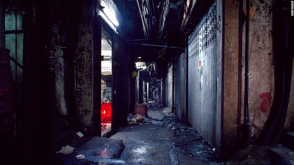 Kowloon Walled City 23
