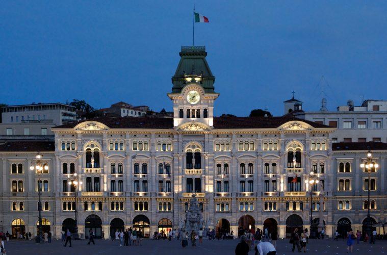 Piazza Unità d'Italia
