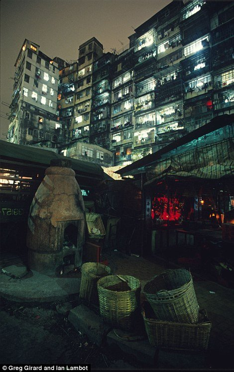 Kowloon Walled City 18