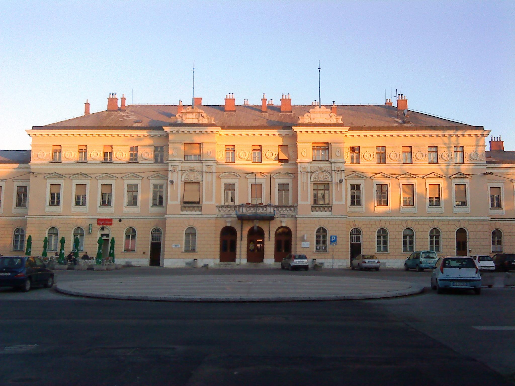 Piazza della Transalpina 5