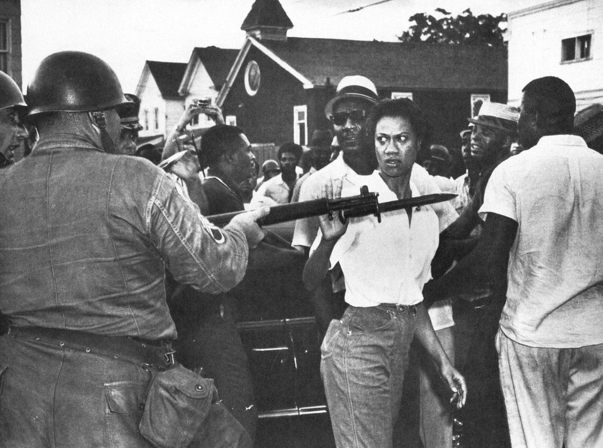Η διάσημη για τους αγώνες της υπέρ των ανθρωπίνων δικαιωμάτων, φεμινίστρια, Gloria Richardson, στο Μέριλαντ των Ηνωμένων Πολιτειών Αμερικής. Στο 1963. Φωτογράφος: Fred Ward